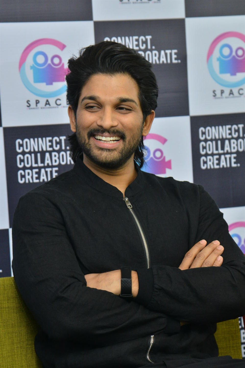Allu Arjun launches Navdeep C-Space Photos