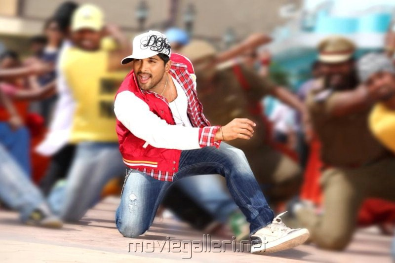Allu Arjun Photos in Julayi Telugu Movie