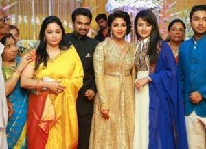 Uma Krishnan, Trisha @ Director Vijay Amala Paul Marriage Reception Stills