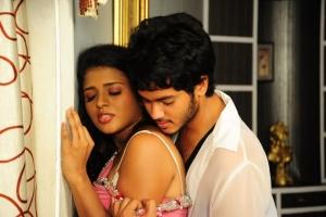 Shilpa Swetha, Siddharth Varma in Amma Nanna Oorelithe Hot Images