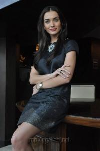 Ai Movie Actress Amy Jackson Images