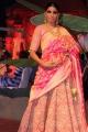 An Ode To Weaves & Weavers Fashion Show by Shravan Kumar Photos