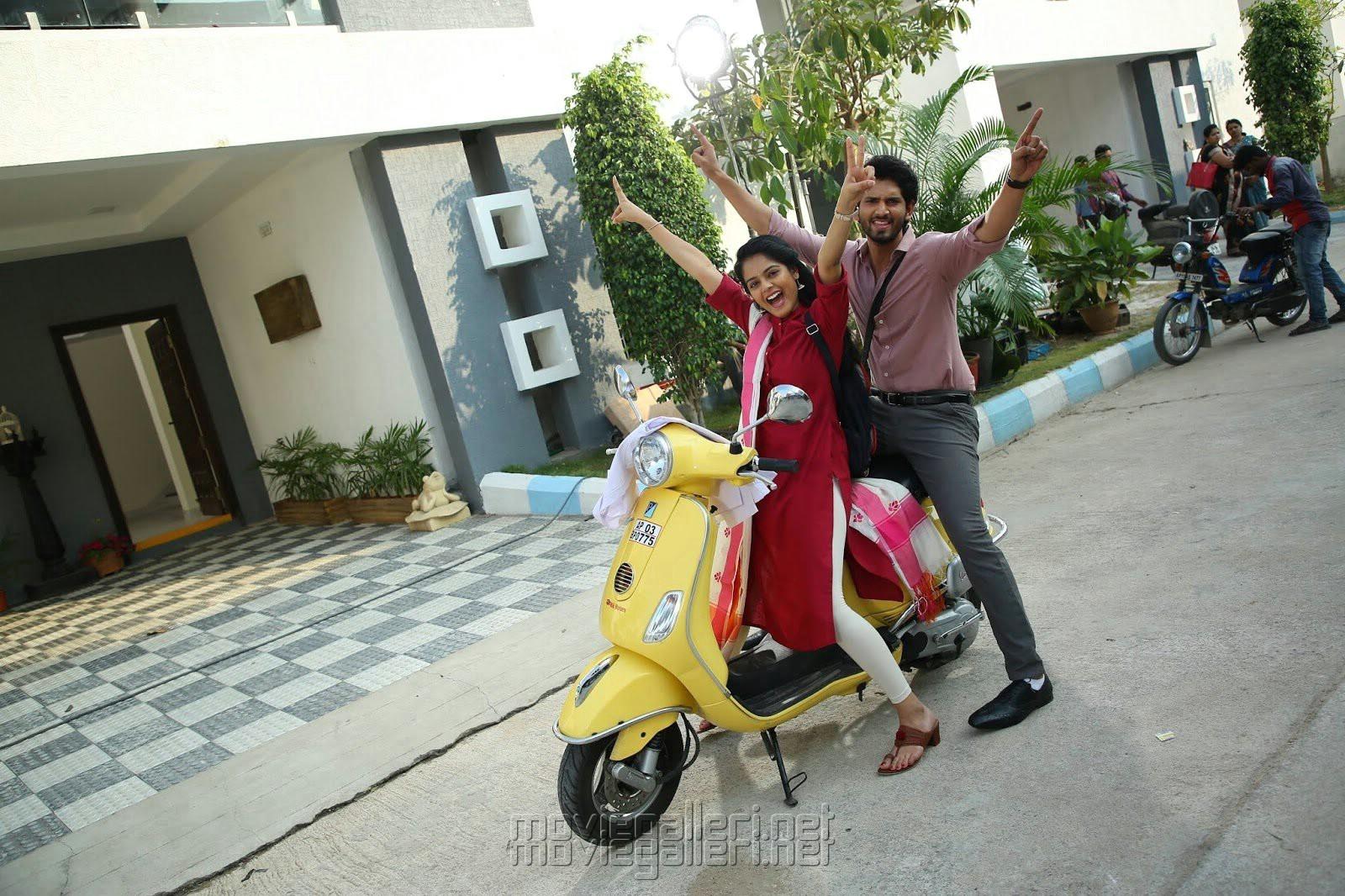 Riddhi Kumar, Viraj Ashwin in Anaganaga O Prema Katha Movie Images HD