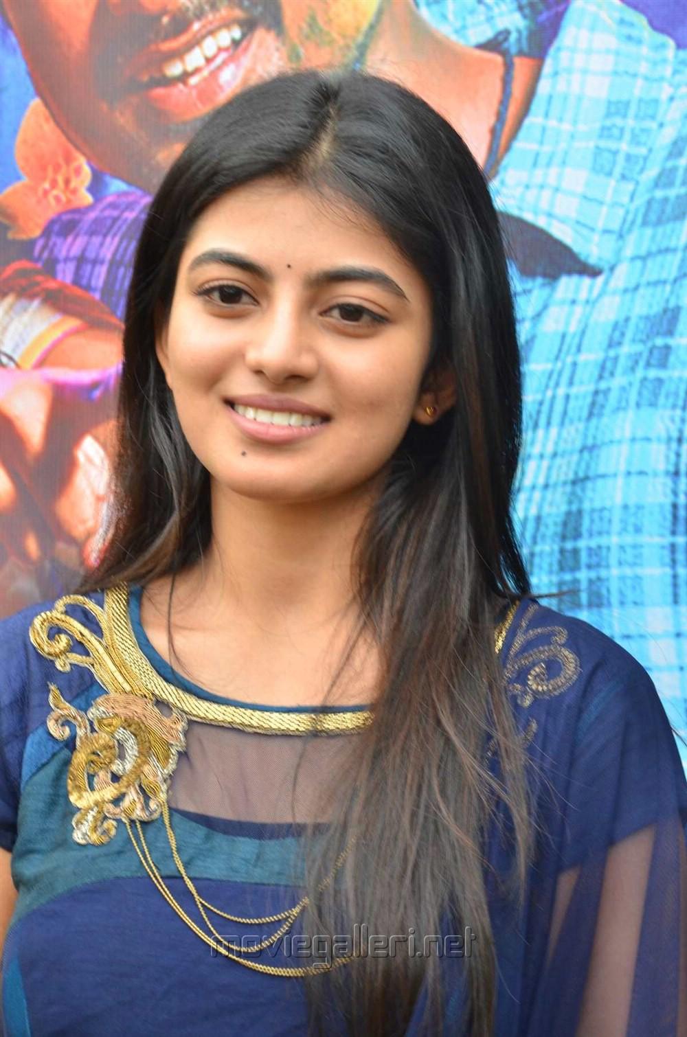 Actress Anandhi Stills @ Pandigai Press Meet