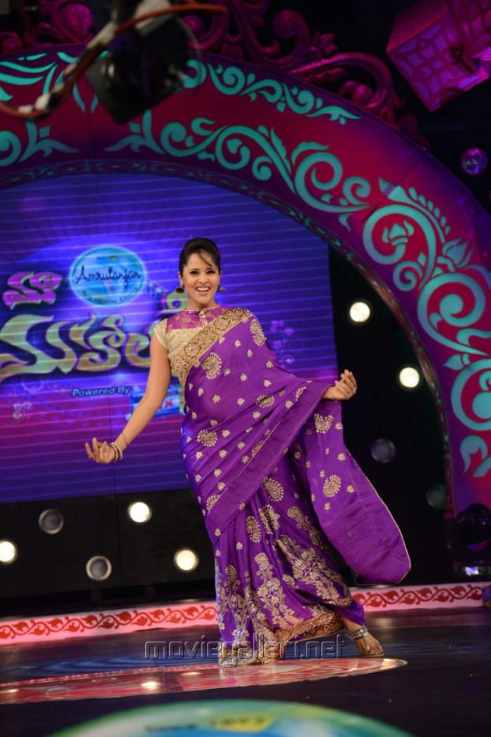Malayalam Actress Lakshmi Menon Photos @ Kumki Movie