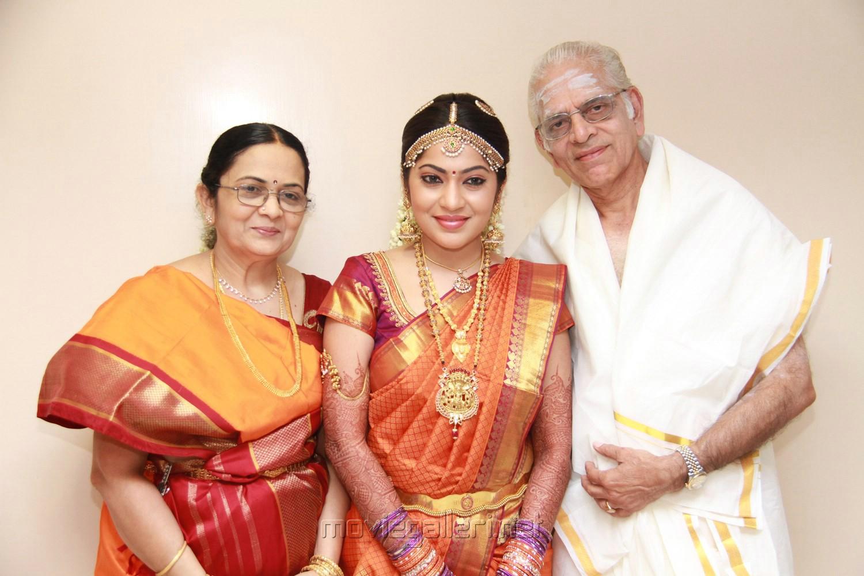 Vijay Tv Anchor Ramya Photos - Actress Gallery - High Resolution ...