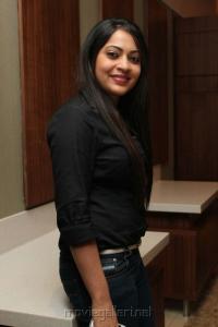 Vijay Tv Anchor Ramya Hot Photos in Black Shirt