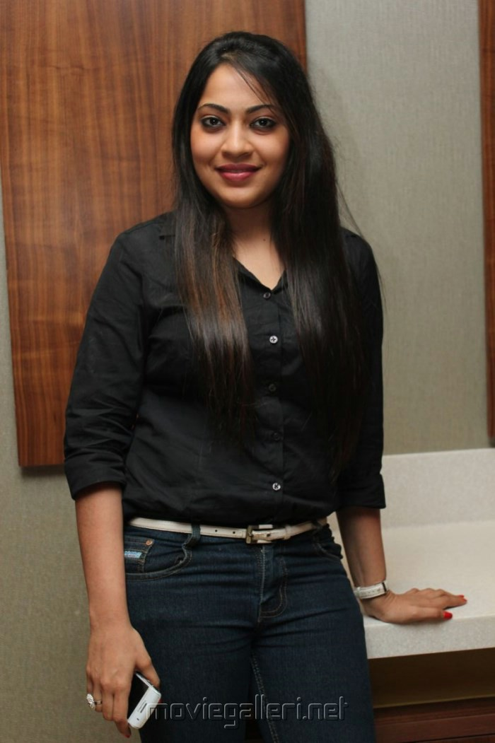 Picture 477755 vijay tv anchor ramya photos in black Black shirt blue jeans