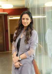 Actress Simran @ Andhagan Movie Pooja Stills
