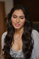 Actress Andrea Jeremiah Hot Photos @ Vishwaroopam 2 Audio Launch