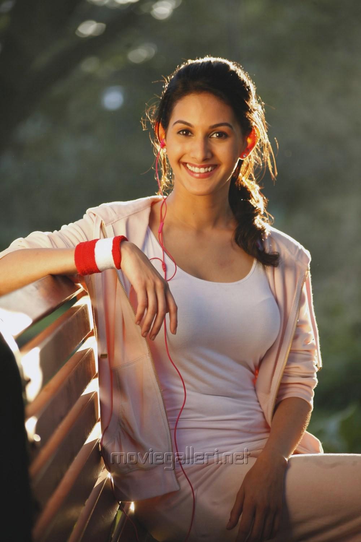 Picture 777948 | Actress Amyra Dastur in Anegan Tamil ...