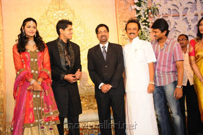 MK.Stalin, Udhayanidhi @ Anirudha Srikanth Wedding Reception Stills