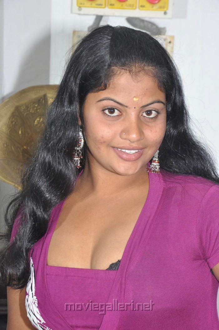 Anja Koottam Movie Heroine Sridevi Hot Stills   Gallery View