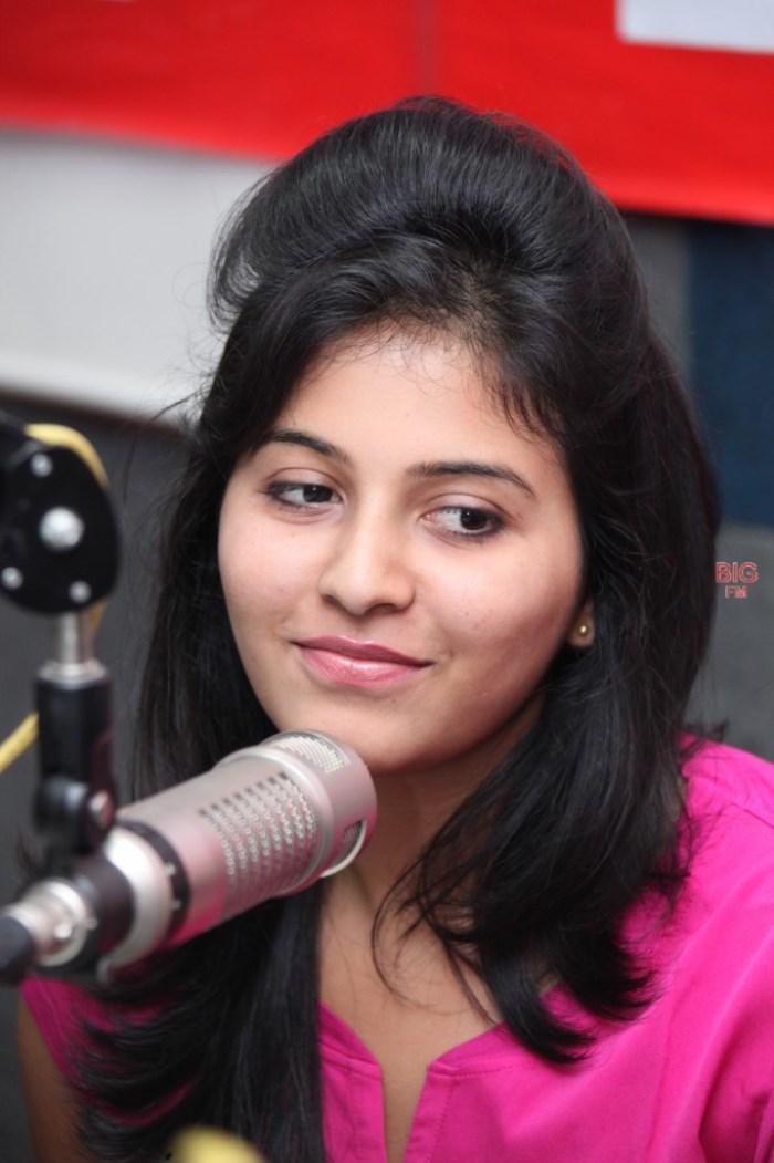 Actress Anjali at 92.7 BIG FM Photos