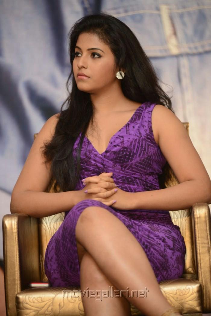 Actress Anjali Hot Photos at Balupu Movie Success Meet
