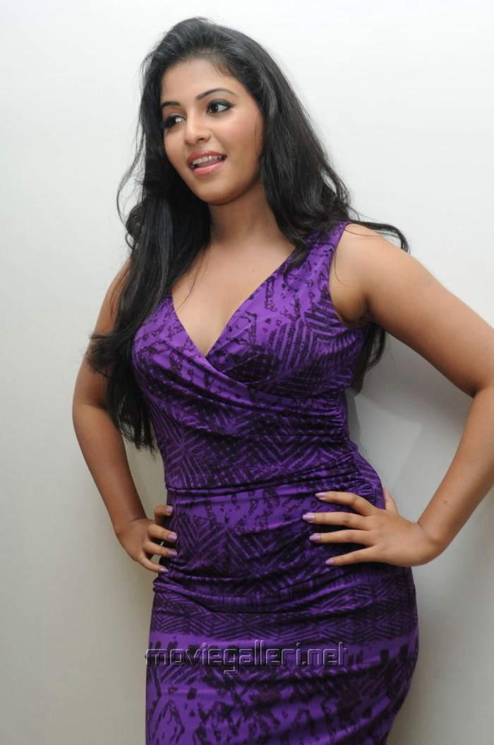 Actress Anjali Hot in Violet Tight Skirt Pictures