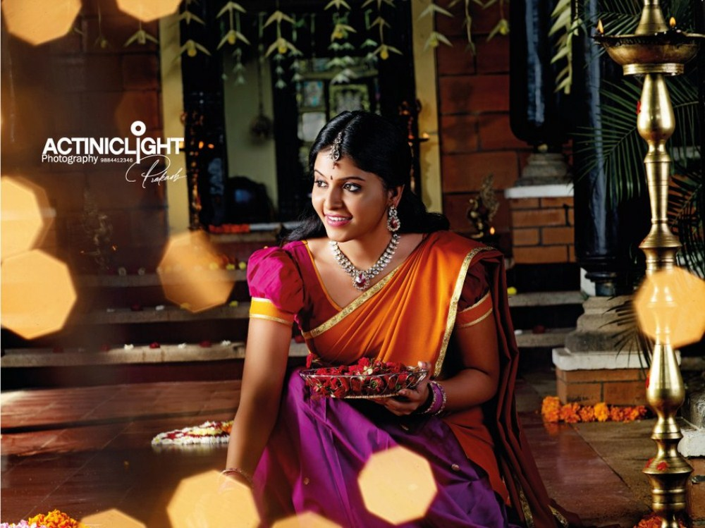 Picture 255163 Tamil Actress Anjali In Silk Saree Photoshoot