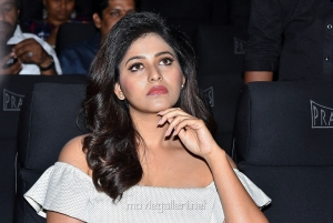 Tamil Actress Anjali Pictures @ Lisaa Pre Release