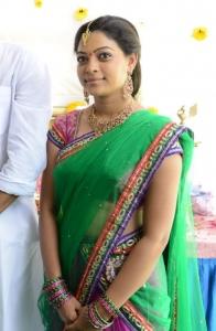 Telugu Actress Anjali Rao Stills @ Alochinchadi Movie Launch