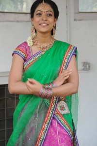 Actress Anjali Rao Stills @ Alochinchadi Movie Launch