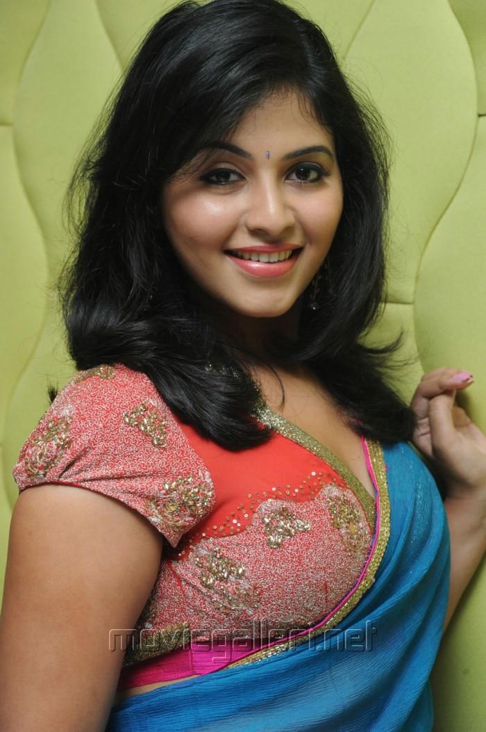 Picture 581729   Actress Anjali Blue Saree Hot Stills ...