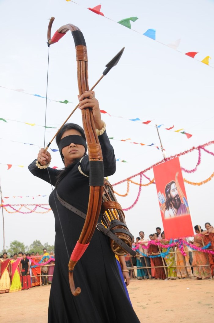 Actress Priyamani in Anjathey Chandi Movie Stills