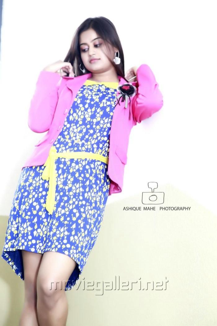 Picture 727564 | Actress Ansiba Hassan Photoshoot Stills ...