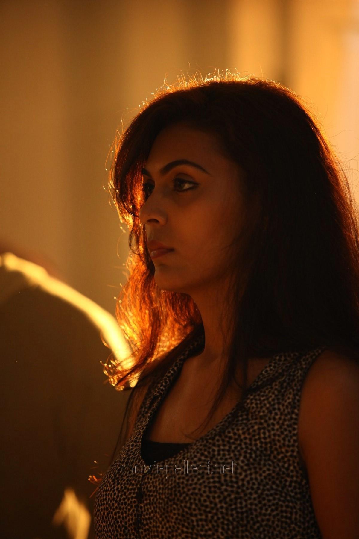 Actress Vaishali in Antony Tamil Movie Stills HD