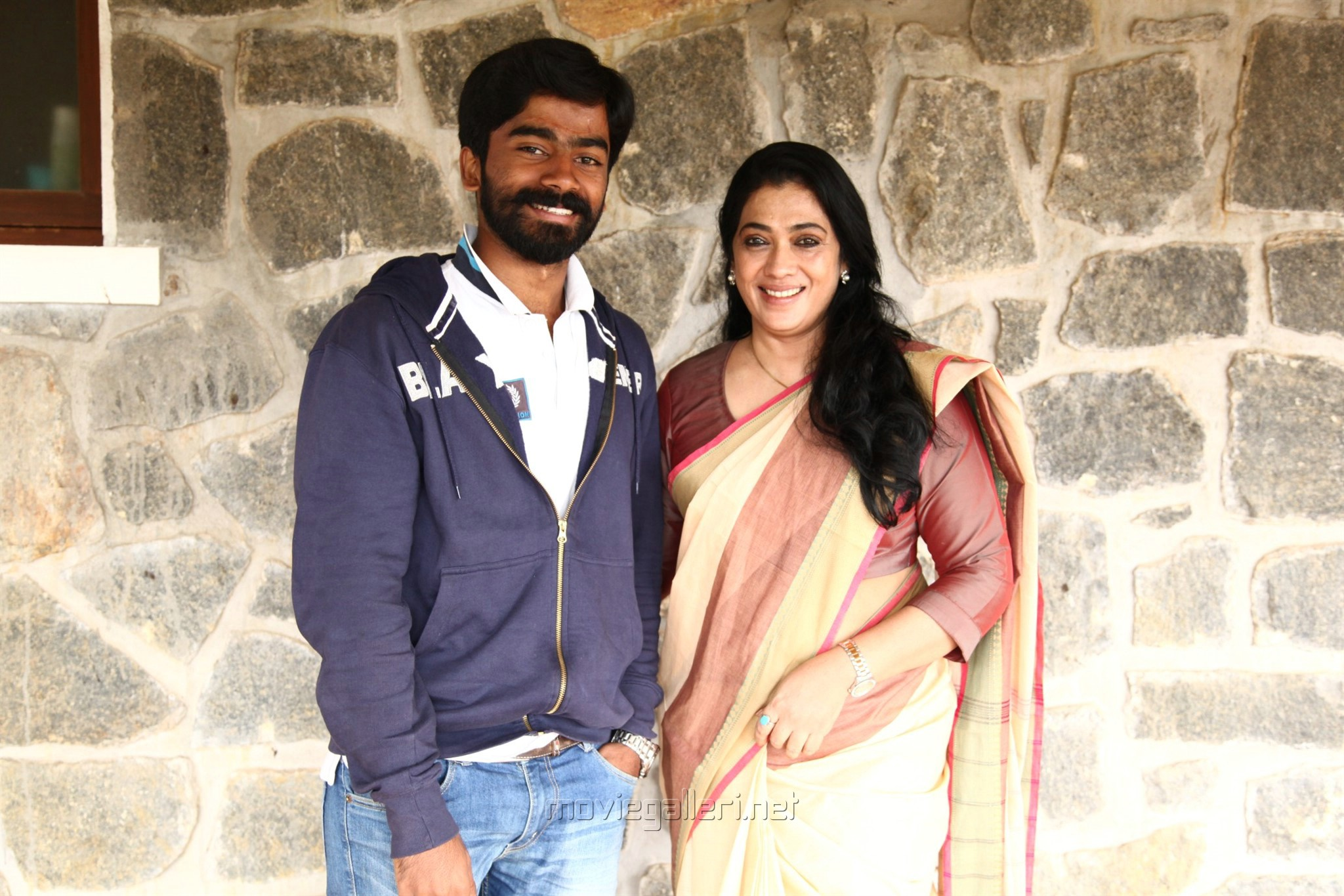 Nishanth, Rekha in Antony Tamil Movie Stills HD
