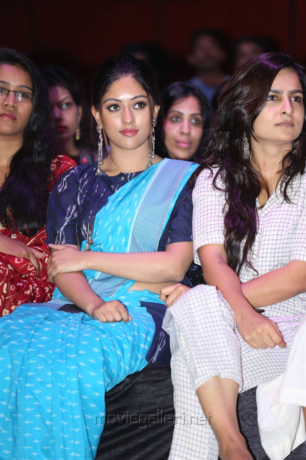 Naa Peru Surya Heroine Anu Emmanuel in Handloom dress at Woven 2017 Fashion Show