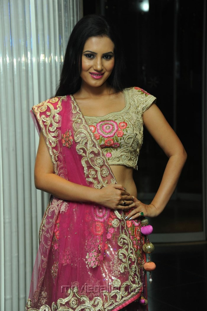 picture 426544 actress anu smruthi gorgeous in designer