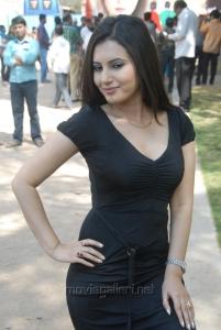 Anu Smruthi in Ishta Sakhi Movie Opening