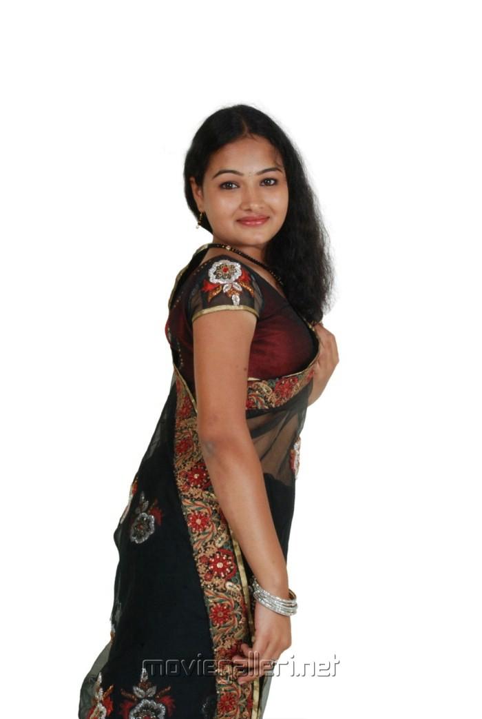 Top Malayalam Serial Actress Kamistad Celebrity Pictures Portal Tattoo ...