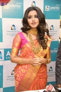 Actress Anupama Parameswaran launches Festival Sale at Anutex Shopping Mall Kothapet Photos