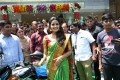Actress Anupama Parameswaran launches Festival Sale at Anutex Shopping Mall Kothapet Photos