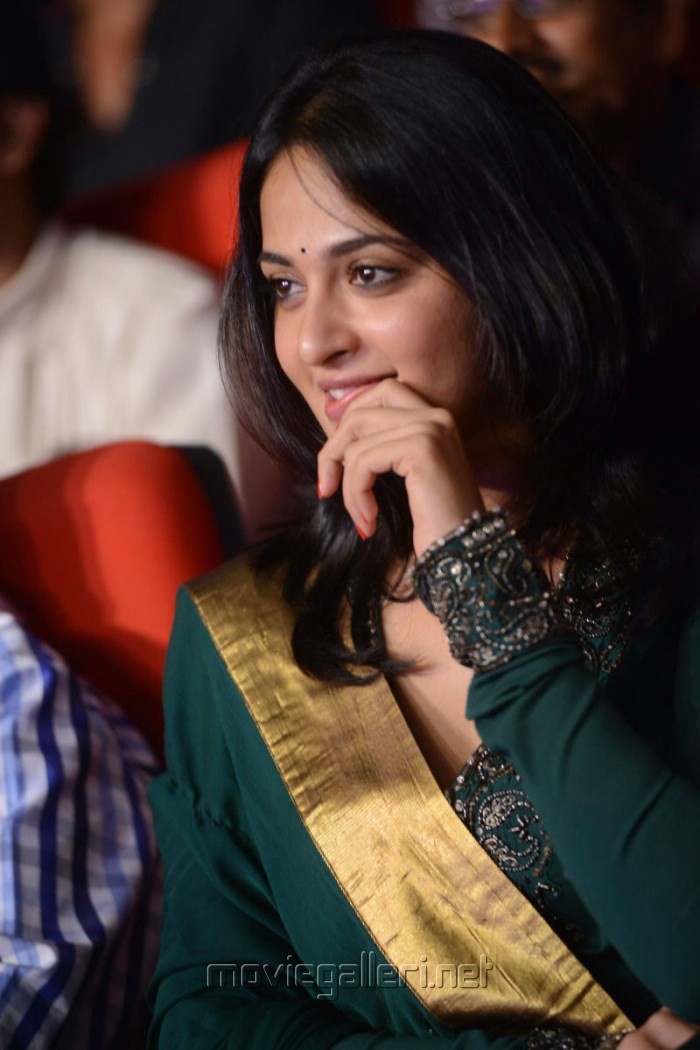 Cute Anushka Stills at Singam 2 Audio Release Function