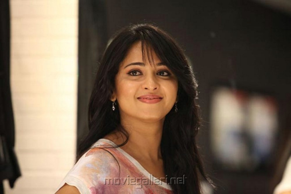 Picture 447684 | Actress Anushka Shetty Cute Pics in ...