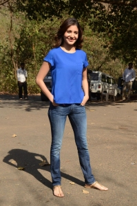 Anushka Sharma promotes her film NH10 on the sets