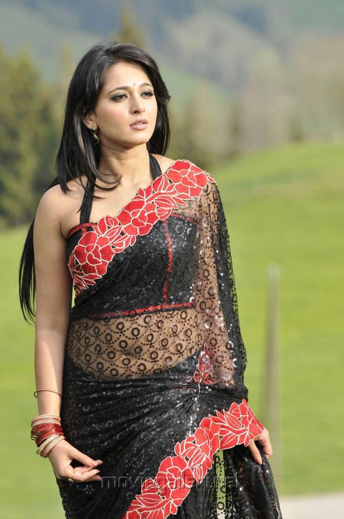 Picture 399487   Anushka Shetty Hot Black Saree Pics in Damarukam ...