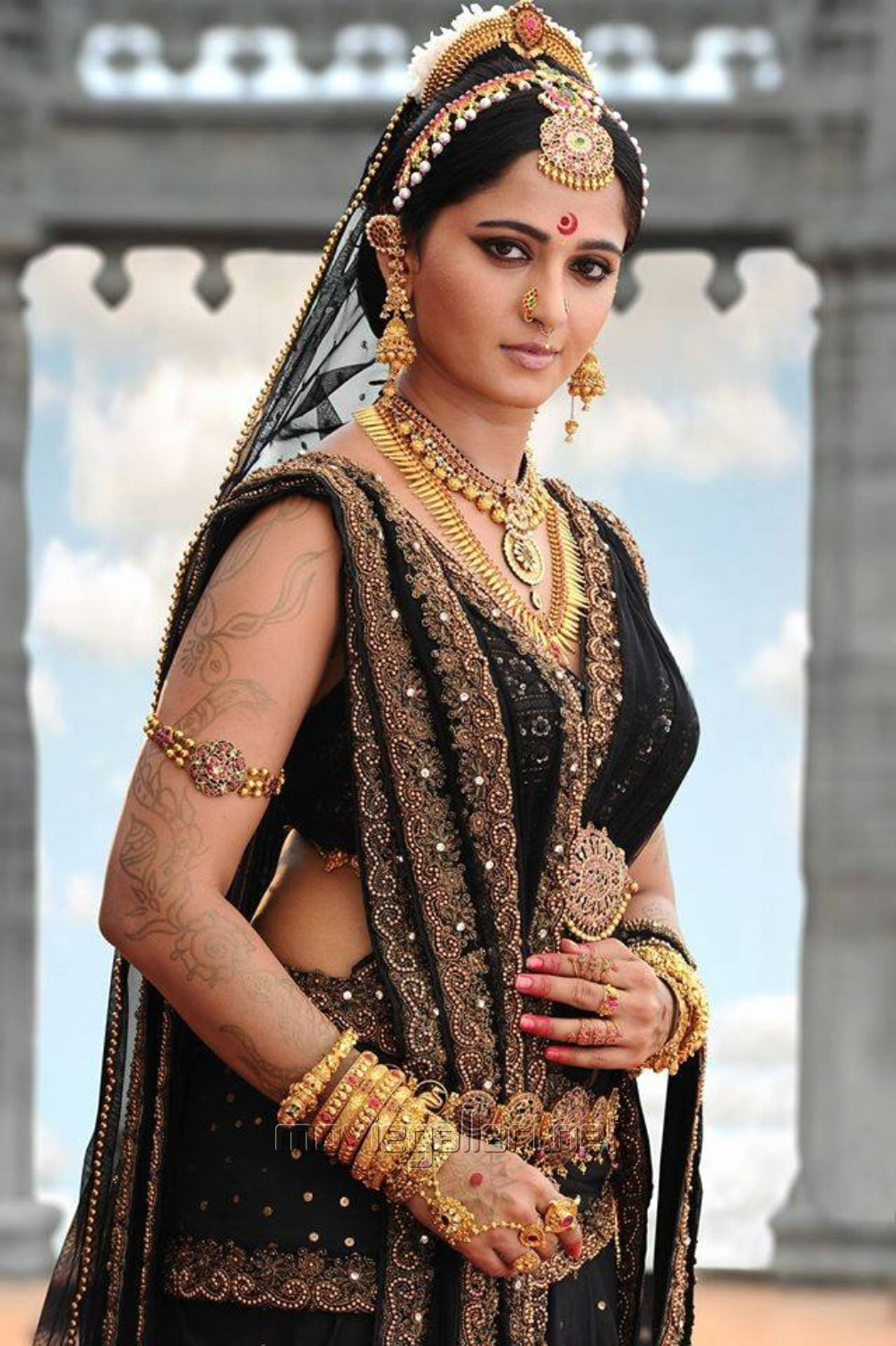 Actress Anushka Hot Stills in Rudhramadevi Movie