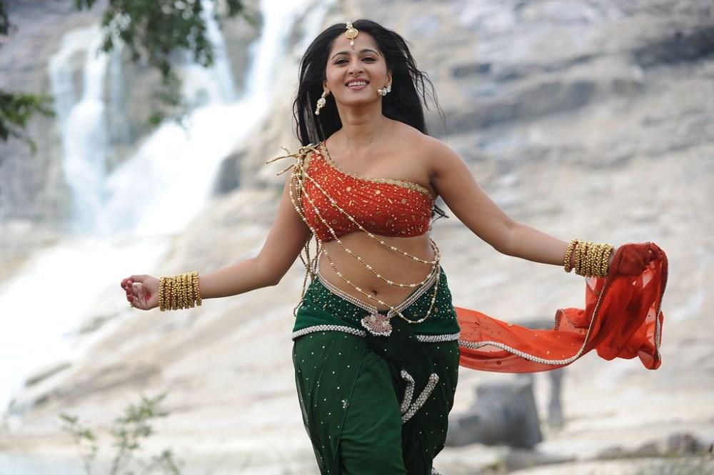 Get Ready to witness The New Anushka Shetty by January 2018