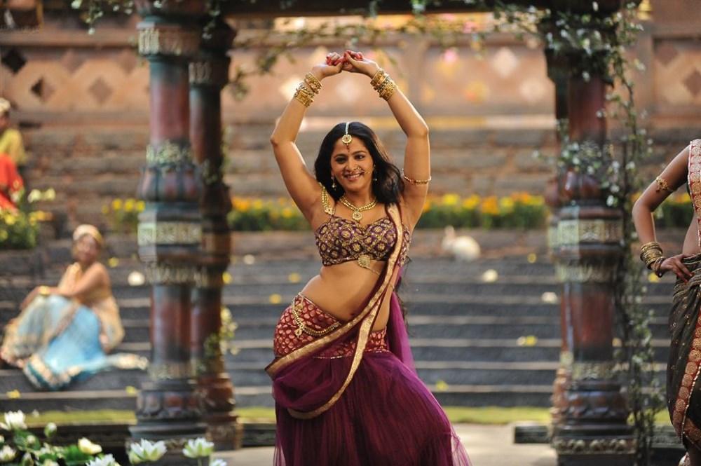 Anushka Shetty Hot Images in Rudramadevi