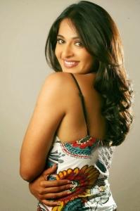 Actress Anushka Shetty Latest Hot Spicy Photoshoot Pics