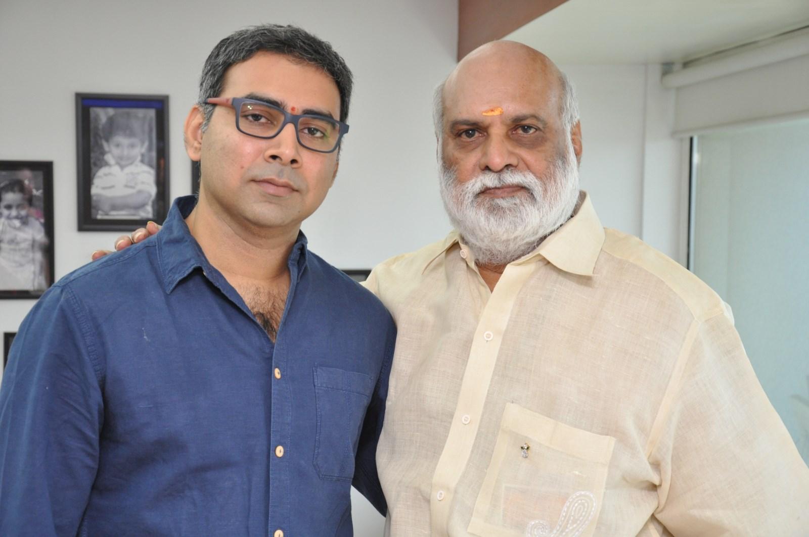 Prakash Kovelamudi, Raghavendra Rao @ Size Zero Movie Launch Photos