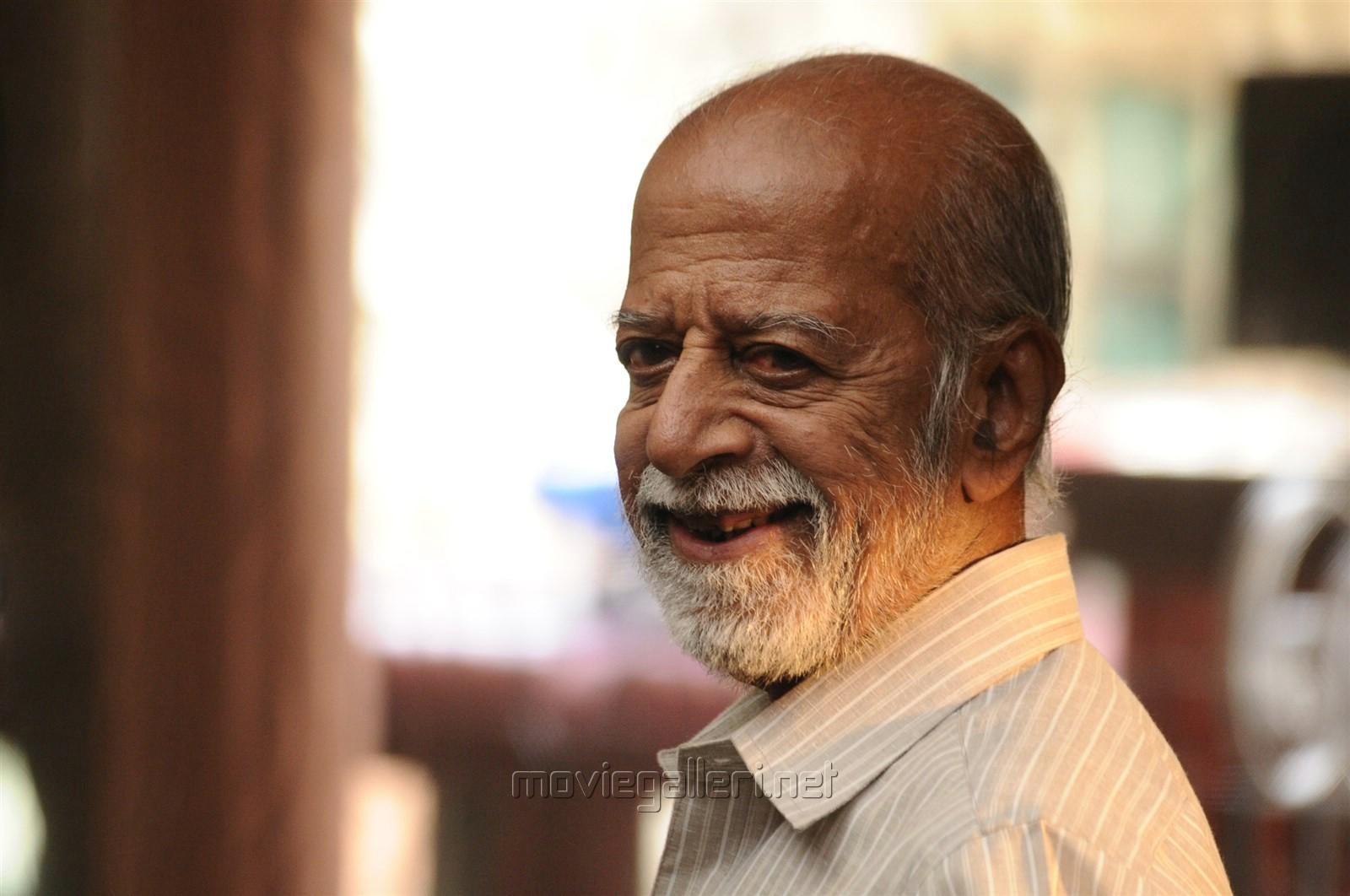 Chandrahasan Appathava Attaya Pottutaanga Movie Stills