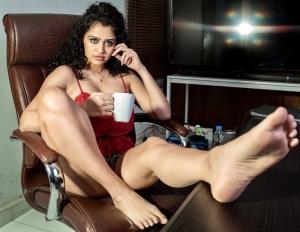Ram Gopal Varma Thriller Movie Heroine Apsara Rani Hot Pics