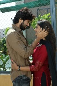 Vijay Devarakonda, Pooja Jhaveri in Arjun Reddy Tamil Movie Stills HD