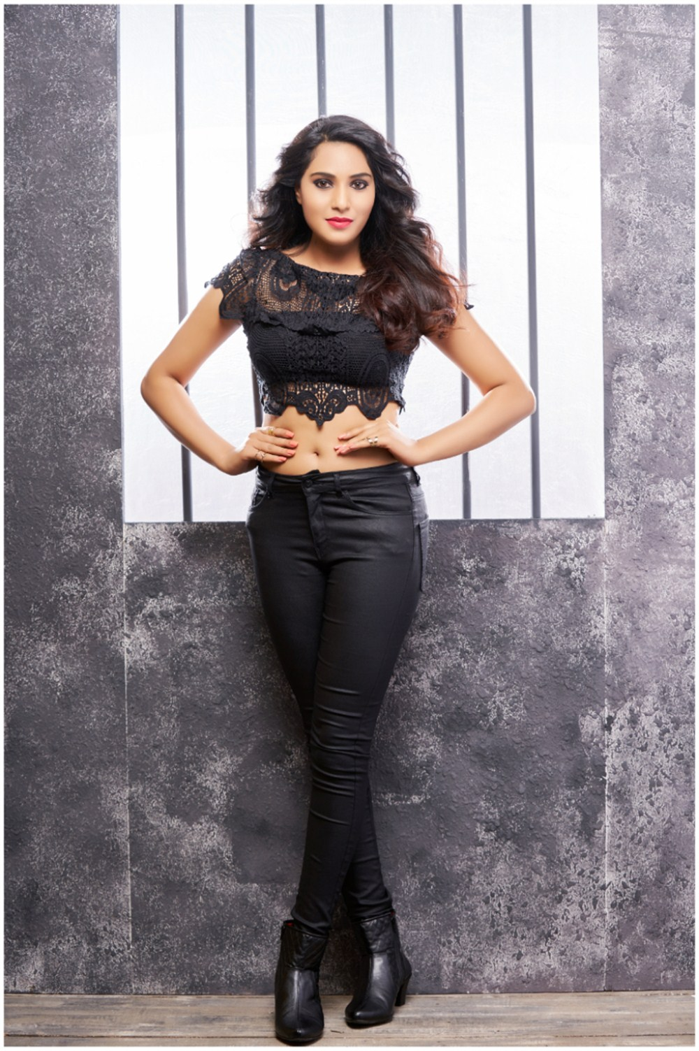 Actress Arshitha Hot Photo Shoot Images