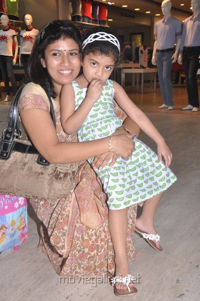 Zayn Malik Hairstyle 2012 Arun Vijay Family Imag...