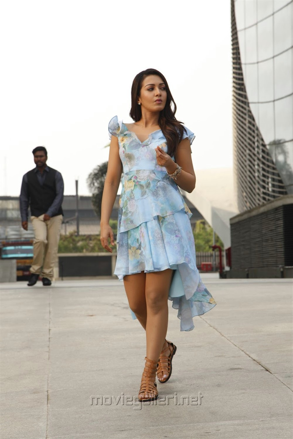Actress Catherine Tresa in Aruvam Movie Images HD
